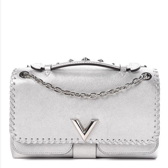 Louis Vuitton Handbags - {Louis Vuitton} ❣️ RARE Silver Chain Bag